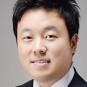 Evan K Yoo