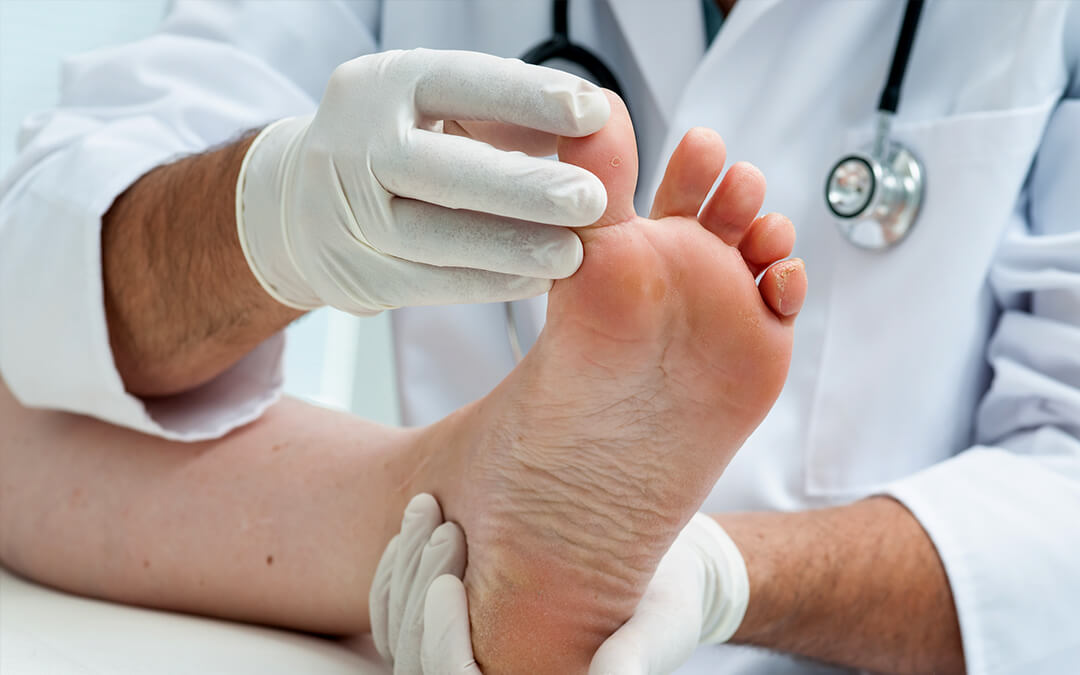 7 Smart Tips for Diabetic Foot Care Treatment